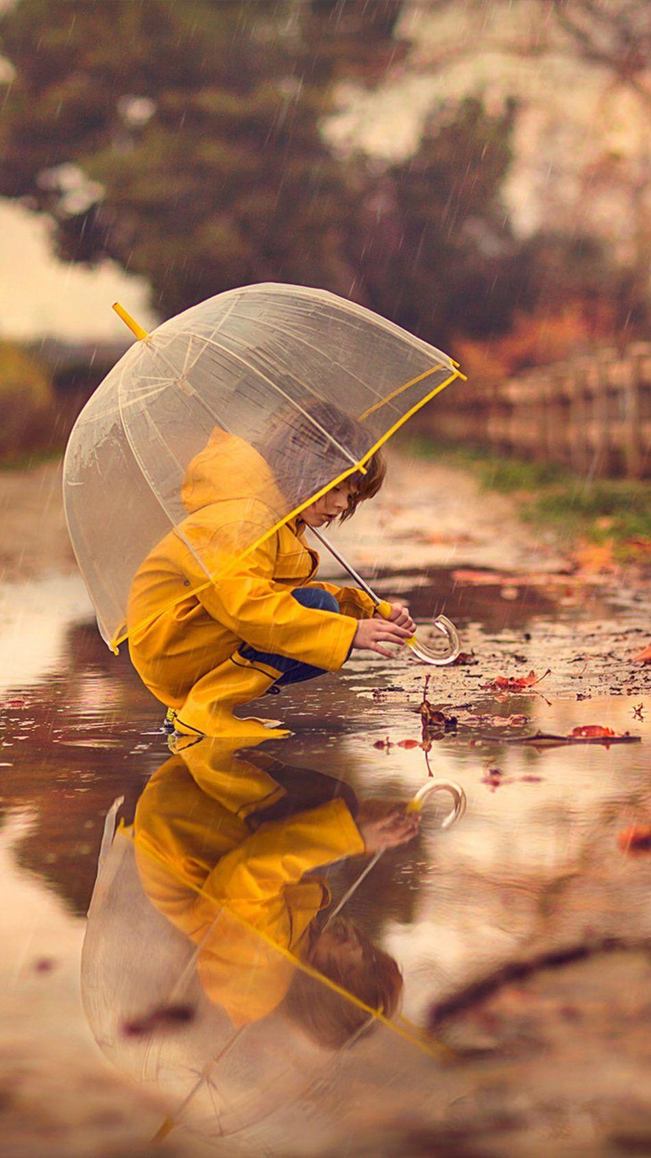 Kid Umbrella Rain Reflection 4k Ultra Hd Mobile Wallpaper Kids Umbrellas Umbrella Photography Umbrellas Photography