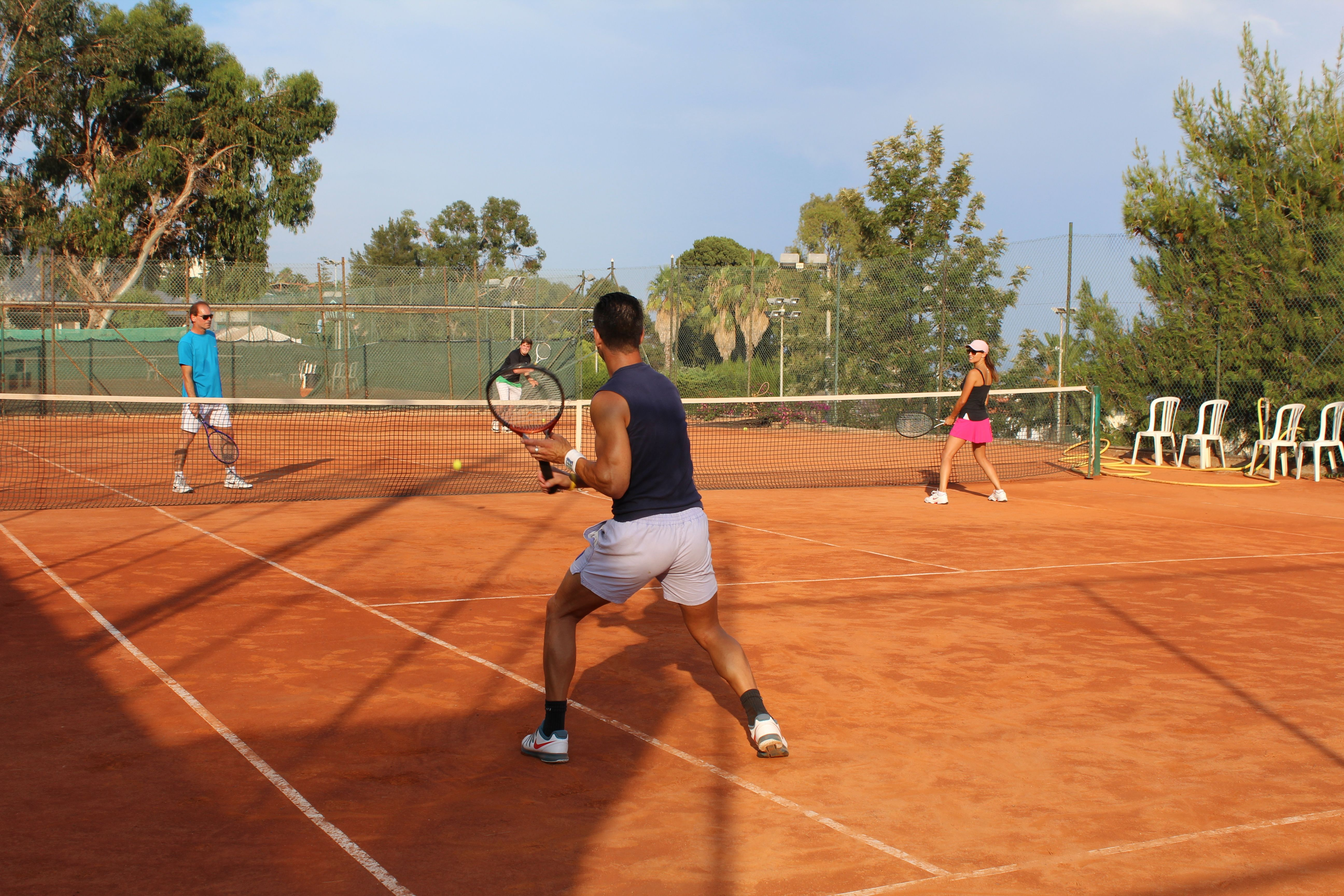 Learn Italian and play tennis too -  Omnilingua´s Italian and Tennis course. #learnitalian #studyitalian #studyinitaly #travelitaly #italianculture #italianlanguage