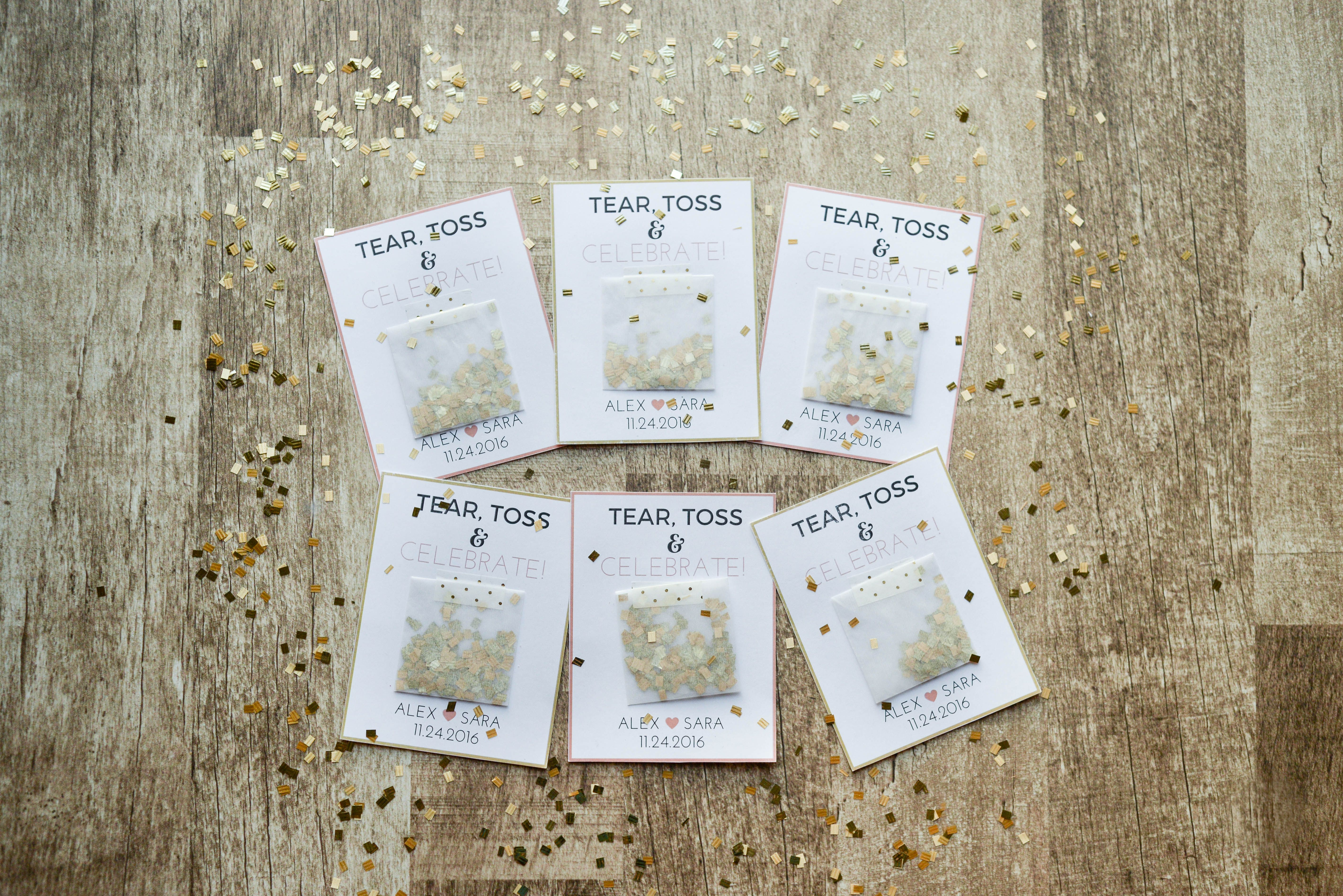 Confetti Favors. These custom wedding favors are the perfect ...