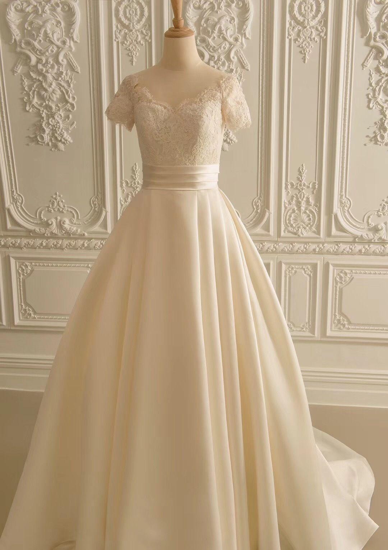 2018 Ivory Short Sleeves Wedding Dress Lace Top And Satin Bottom A Line Bridal Wedding Dress Factory Short Sleeve Wedding Dress Lace Short Sleeve Wedding Dress