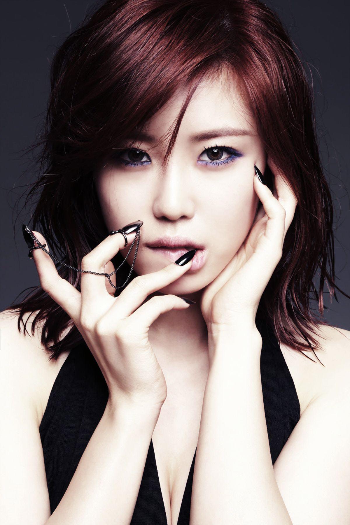 Secret Jeon Hyosung Goodnight Kiss