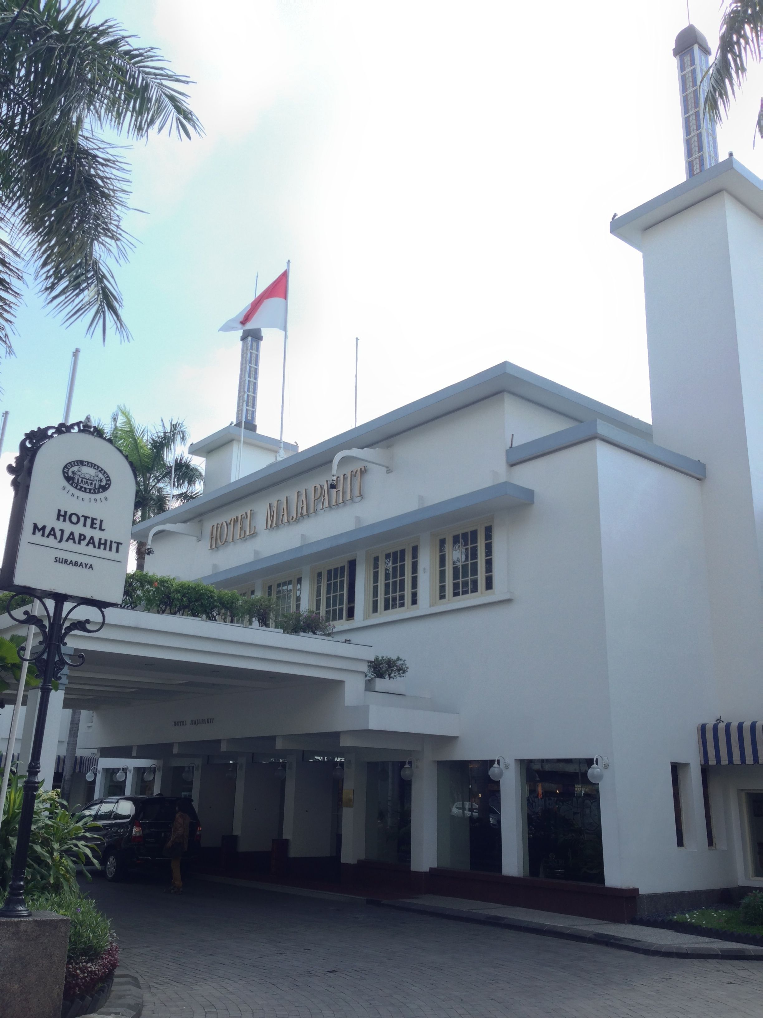 Hotel Majapahit Surabaya The Hotel Was The Site Of The Famous