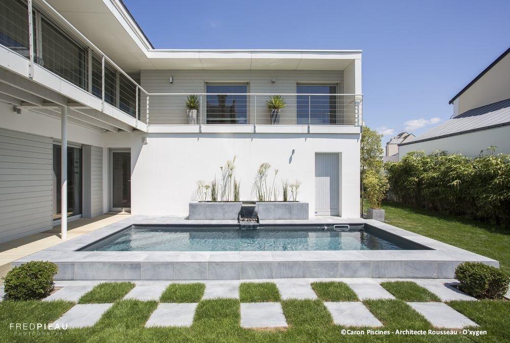 Mini piscine contemporaine caron piscines piscines for Piscine contemporaine