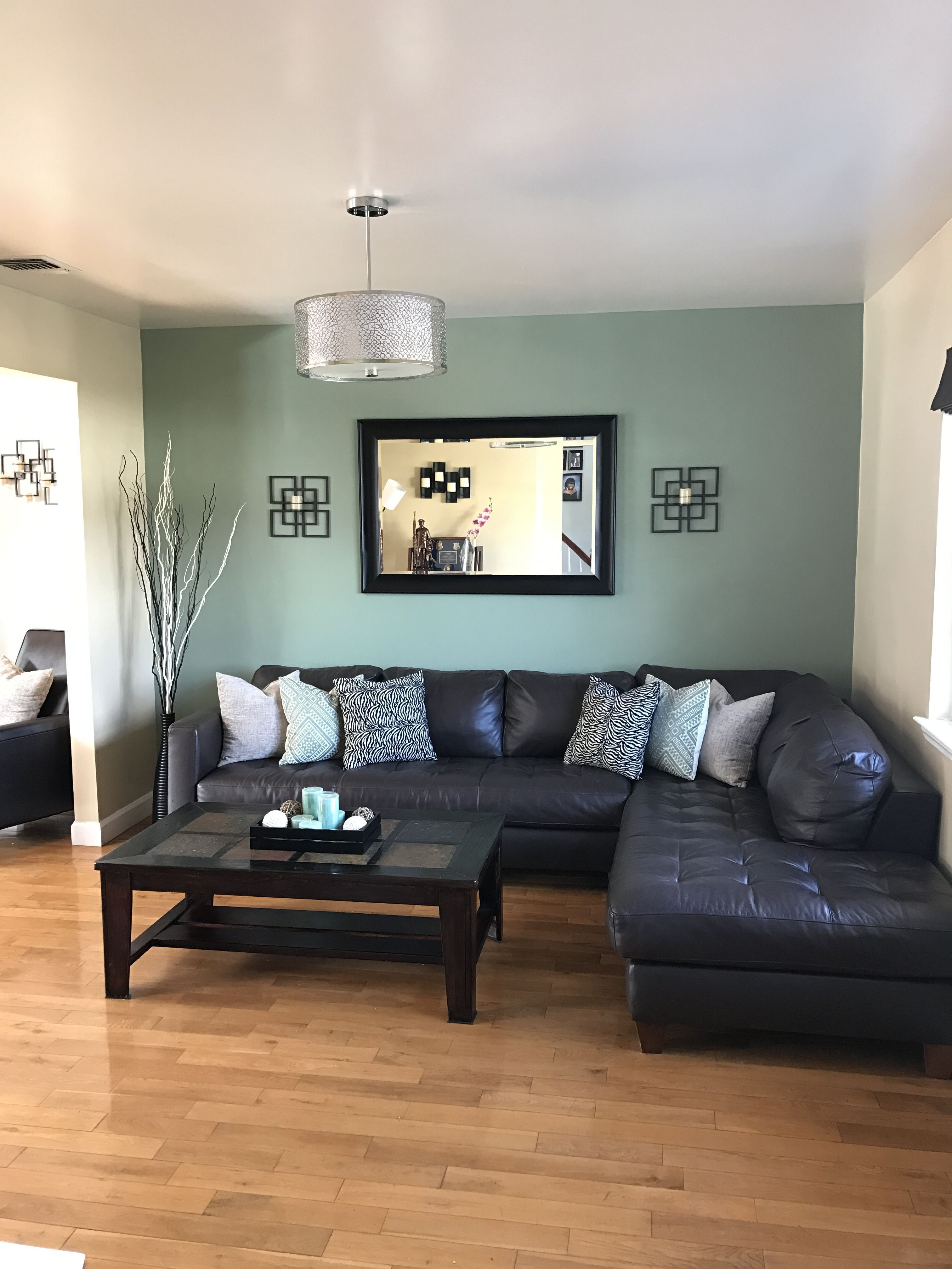 21 Top Living Room Paint Ideas As The Best Decoration Livingroompaintcolorideas Add Rate Accent Walls In Living Room Living Room Green Green Walls Living Room