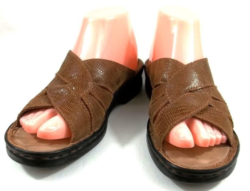 fd5022d1c39 Clarks Shoes Womens Size 7 M Brown Leather Slides Sandals  Clarks  Slides