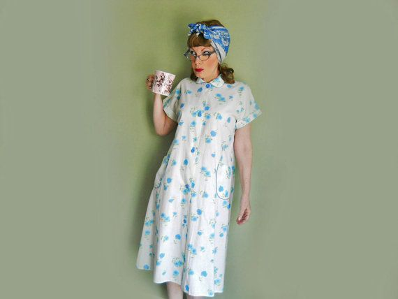 50s Cotton Robe  Models Coat  Summer Bathrobe by LunaJunction, $48.00
