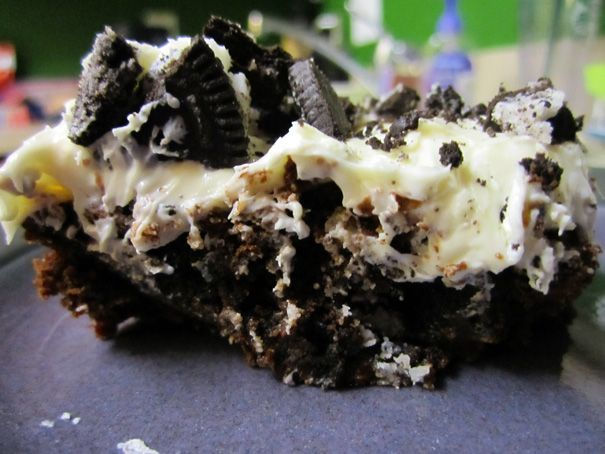 Ghirardelli Double Chocolate Brownie Mix, Duncan Hines Cream Cheese frosting, & Double Stuf Oreos = a.ma.zing.