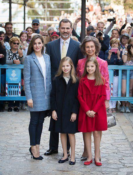 Gert's Royals (@Gertsroyals) on Twitter: Easter Mass, Palma de Mallorca, April 16, 2017-Queen Letizia, King Felipe, Infanta Leonor, Queen Sofía, Infanta Sofía