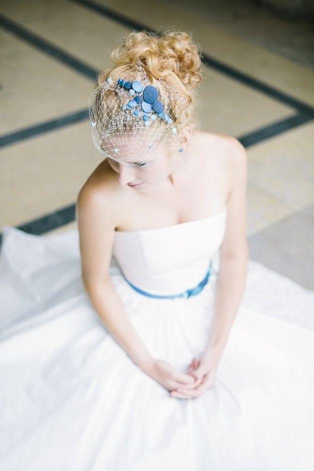 Haarschmuck & Kopfputz - Fascinator* Headpiece mit Knöpfen zum Brautkleid - ein Designerstück von noni-mode bei DaWanda