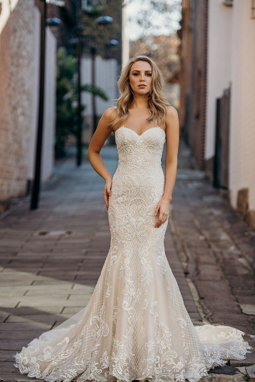 Couture Wedding Dress Savannah By Blanche Only Dream Dresses Wedding Dresses Wedding Dress Couture Fit And Flare Wedding Dress [ 1266 x 844 Pixel ]