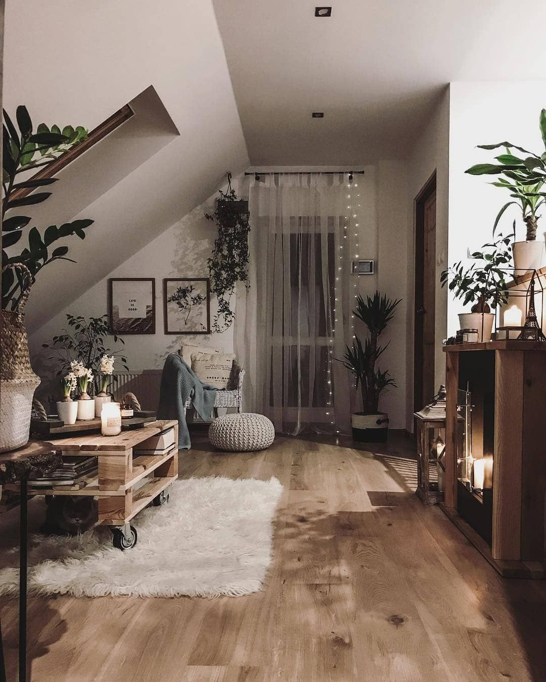 "Family Rooms We Love: Cozi Homes On Instagram: ""This Is Where We Will Be All"