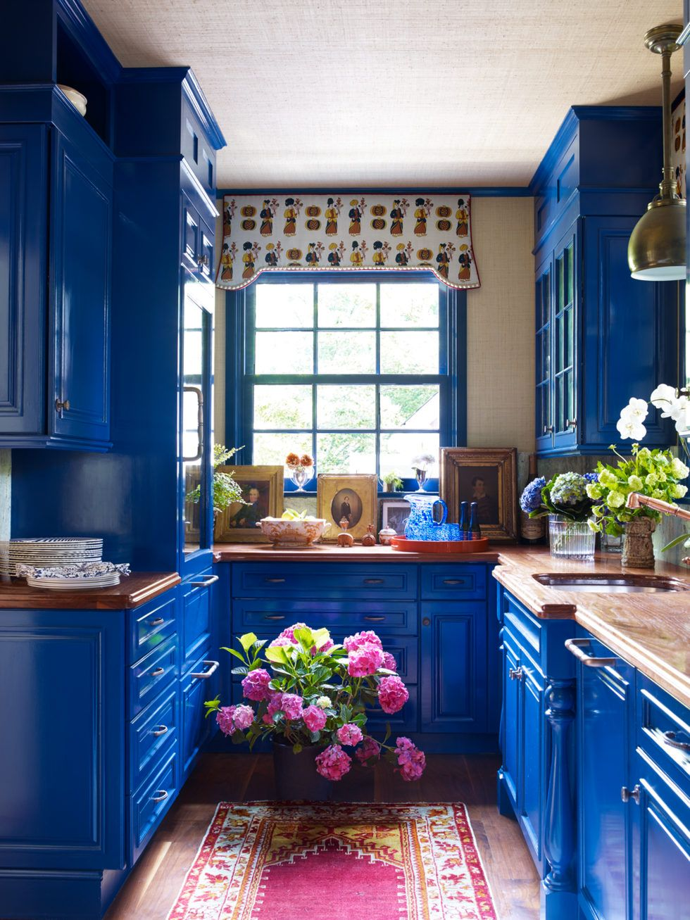 27 Energizing Kitchen Paint Colors To Brighten Your Home Bohemian Kitchen Blue Kitchen Cabinets Home Kitchens