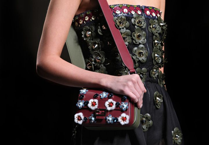 a525aa2d08a7 Fendi-Spring-Summer-2016-Runway-Bag-Collection-Featuring-the-new-Fendi -Baguette-Bags-6