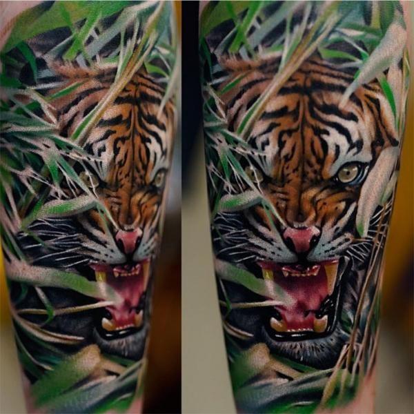 Quelle est la signification du tatouage de tigre id e tattoo pinterest tatouage de tigre - Tatouage tigre japonais ...