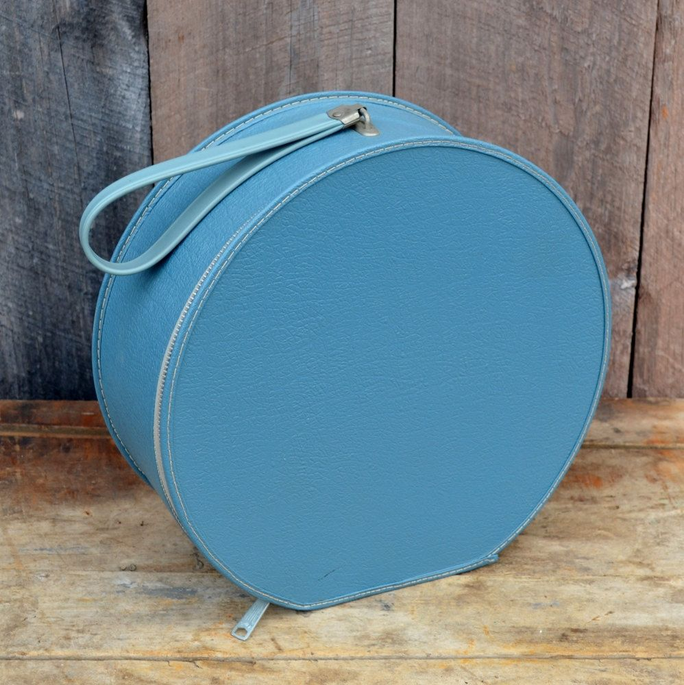 Round Blue Hat Box Small Travel Case Overnight Bag Child Doll Suitcase  Storage Display Wedding 1950u0027s