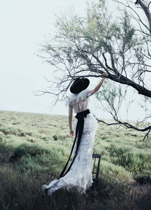 "bienenkiste:    ""The talented Miss Mulligan"". Carey Mulligan by Peter Lindbergh for Vogue US October 2010"