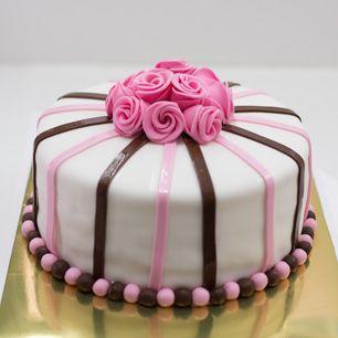 Fondant torte zum geburtstag
