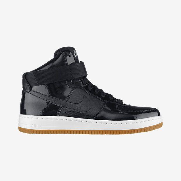 chaussure plate nike