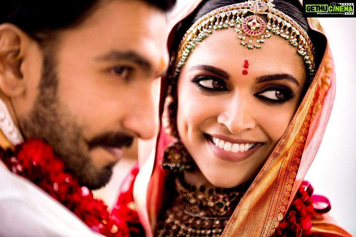 Actor Ranveer Singh Actress Deepika Padukone Wedding Photos Gethu Cinema Bollywood Wedding Indian Wedding Photography Deepika Padukone