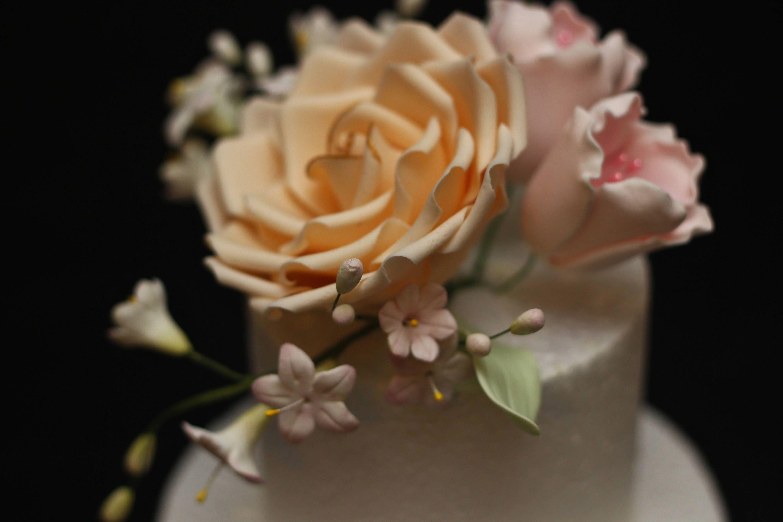 Ready Made Handmade Edible Wedding Cake Flowers Toppers Edible