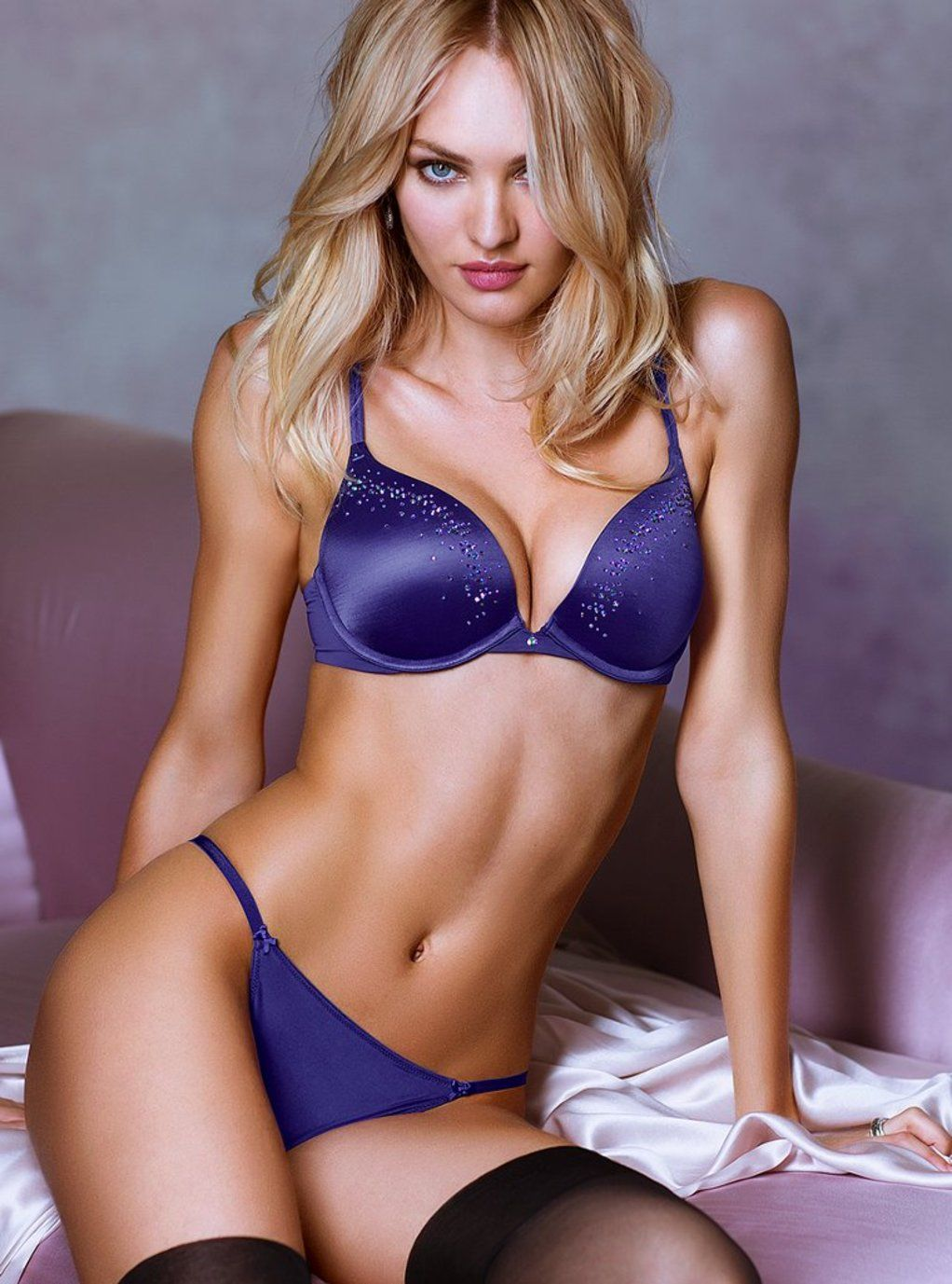 Victorias Secret Sexy Hot Lingerie Models Doutzen Kroes, Erin Heatherton and Candice Swanepoel