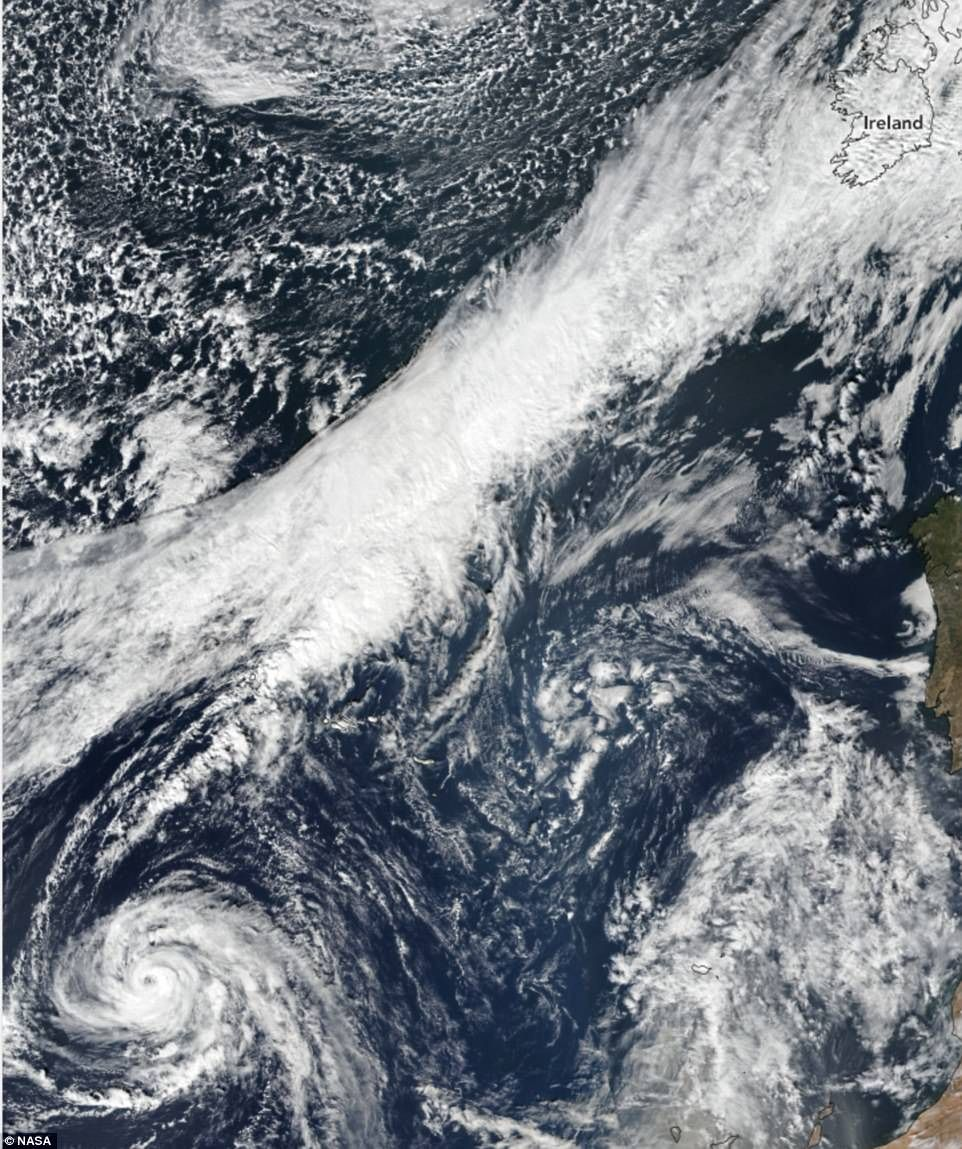 Two Dead As Hurricane Ophelia Strikes Ireland And Uk Earth Satellite Image Planet Earth