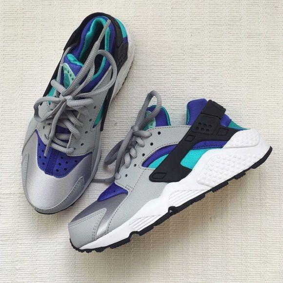 2adbcbdb5515 The Nike Air Huarache The Nike Air Huarache. Womens size 5 NEW in box (no  lid) Nike Shoes Sneakers