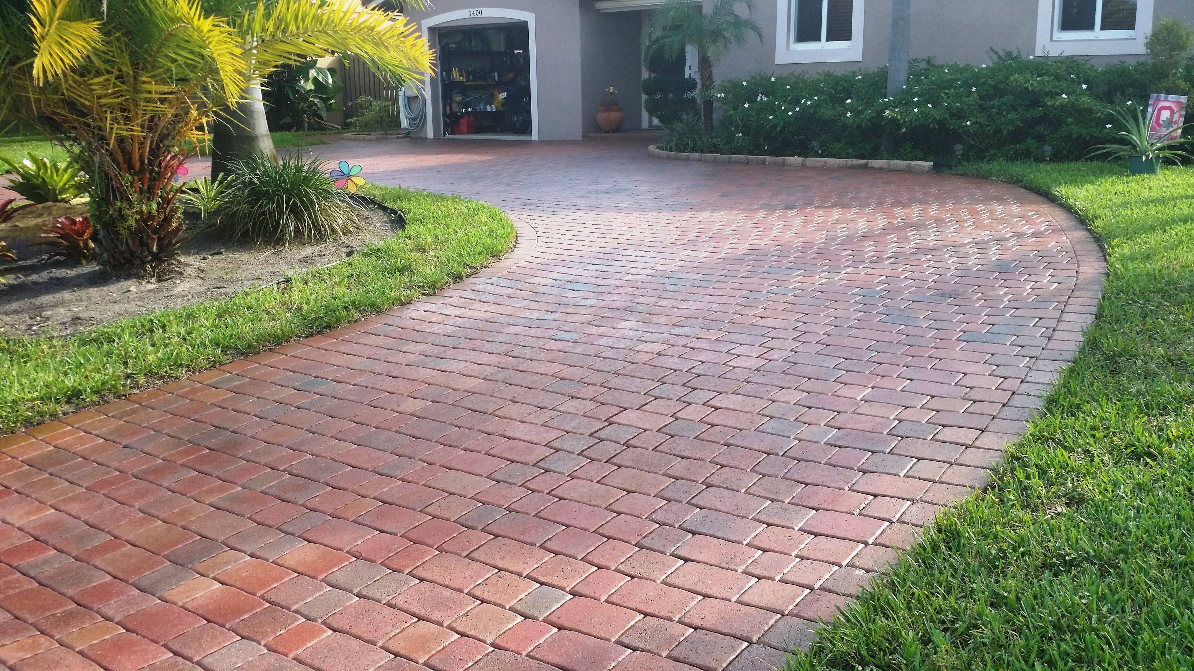 How To Seal Pavers For A High Gloss Wetlook Sealing Pavers Pool