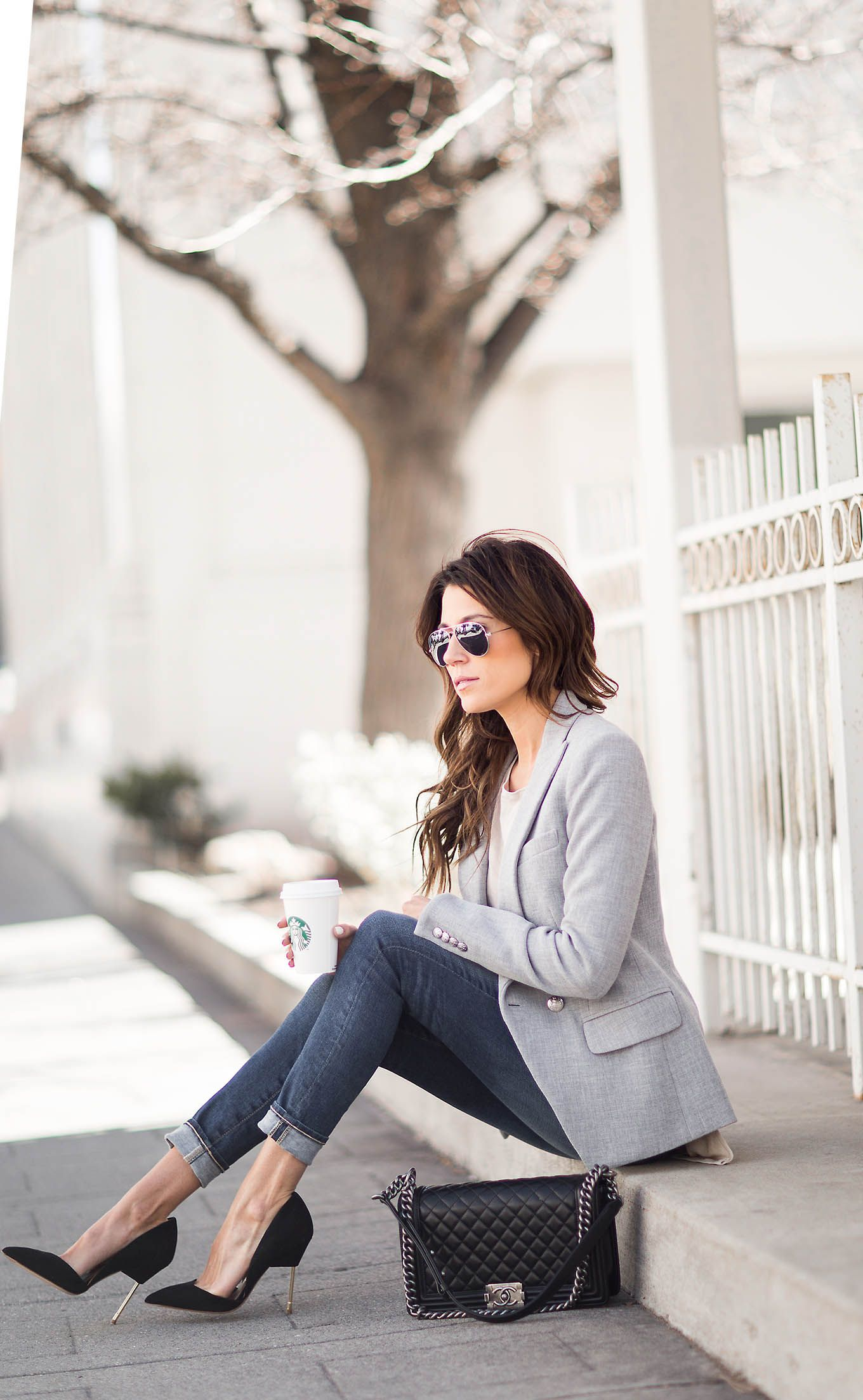 Wearing+a+sophisticated+grey+blazer+with+rolled+up+jeans+and+black+stilettos+has+given+Christine+Andrew+an+effortlessly+stylish+look+in+no+time+at+all!+We+really+recommend+this+simple+but+effective+style!+Blazer:+intermix,+Top:+ILY+Couture.+