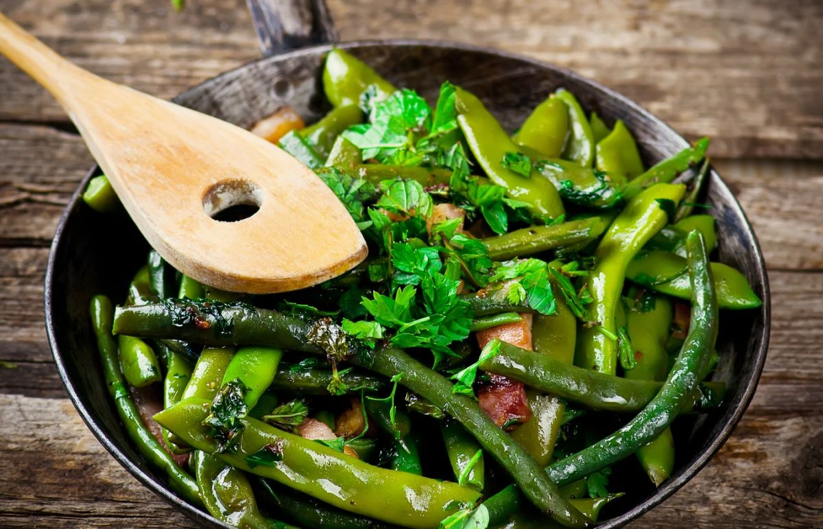 RECEPT: Zelené fazuľky s pancettou, tofu a chilli via @akademiakrasy