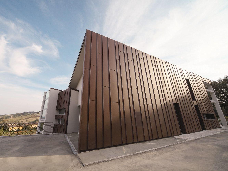 Prepainted Aluminum And Facades Prefalz By Prefa Italia Building Facade Facade Unique Architecture