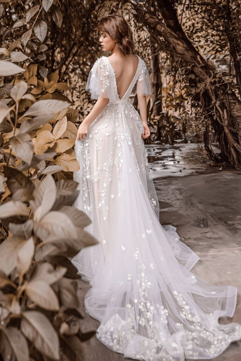 Sophia Vintage Blush Wedding Dress With Flutter Sleeve Open Back Vestidos De Novia Rusticos Ver Vestidos De Novia Vestido De Novia Casual [ 1191 x 794 Pixel ]