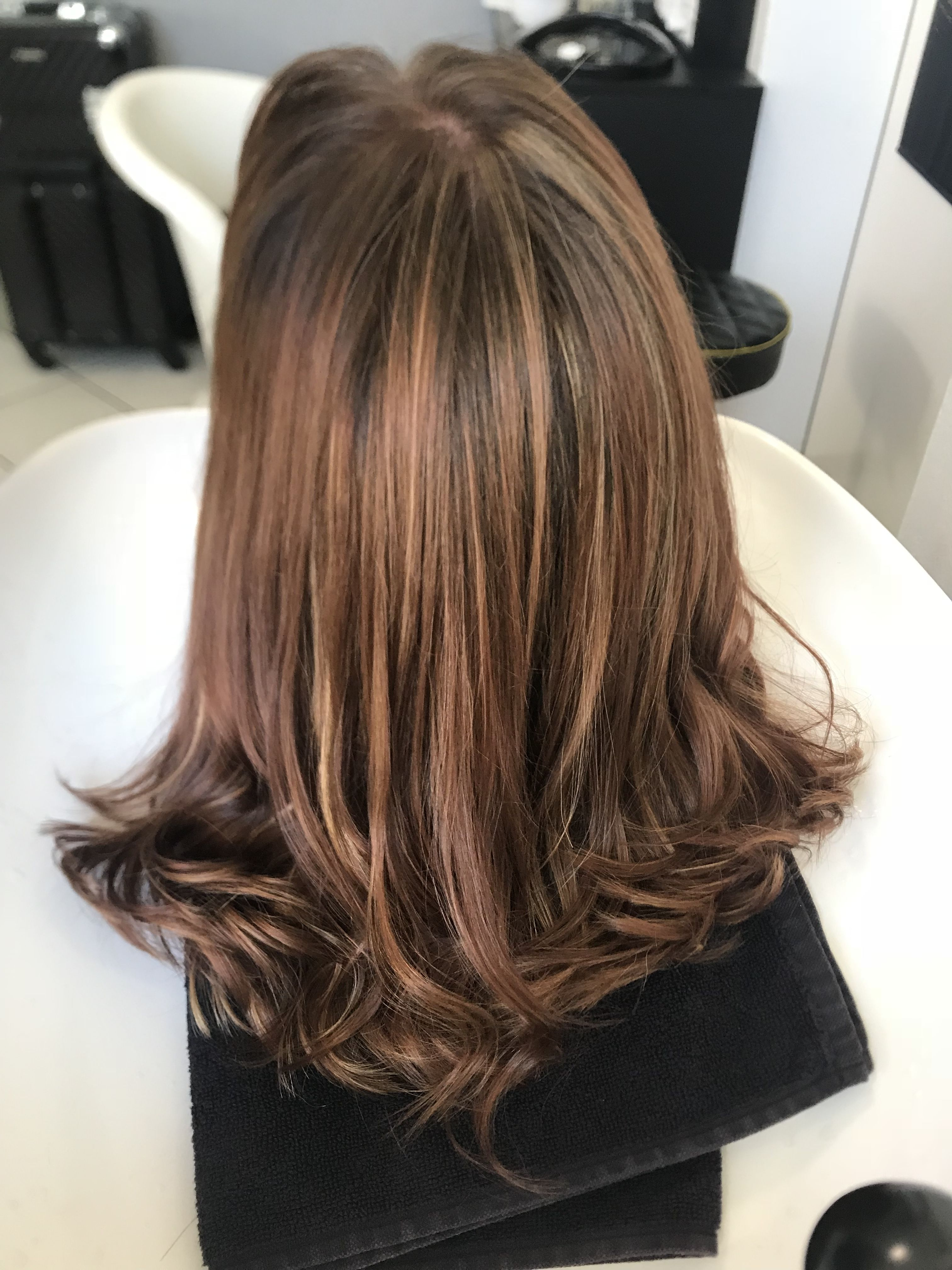 Ombre Hair Technique Step By Step Color Touch 30g 8 73 30g 6 75 Highlights Blondor 4 In