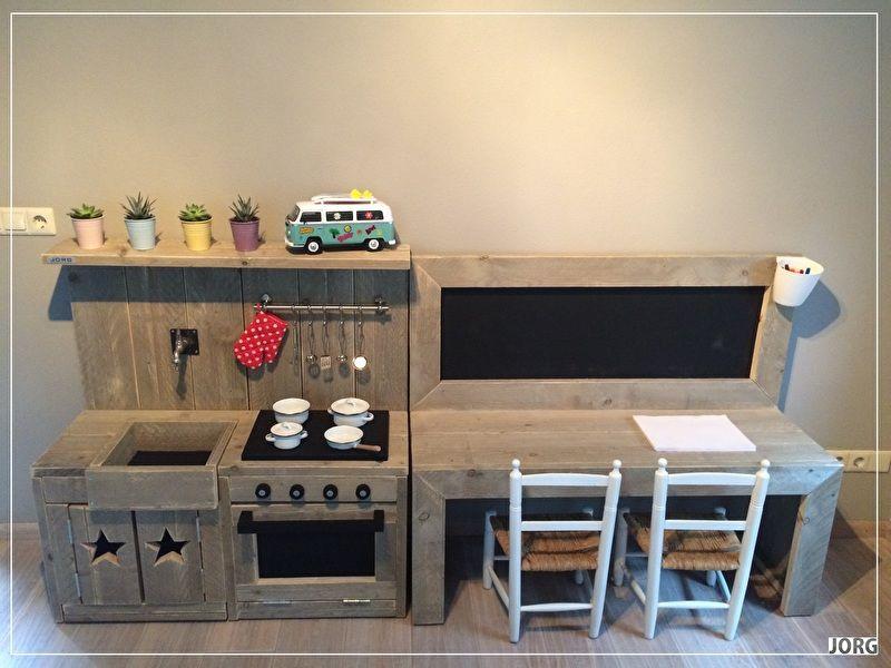doe het zelf bouwpakket combi kinderkeuken en kinderspeeltafel met krijtbord steigerhout. Black Bedroom Furniture Sets. Home Design Ideas
