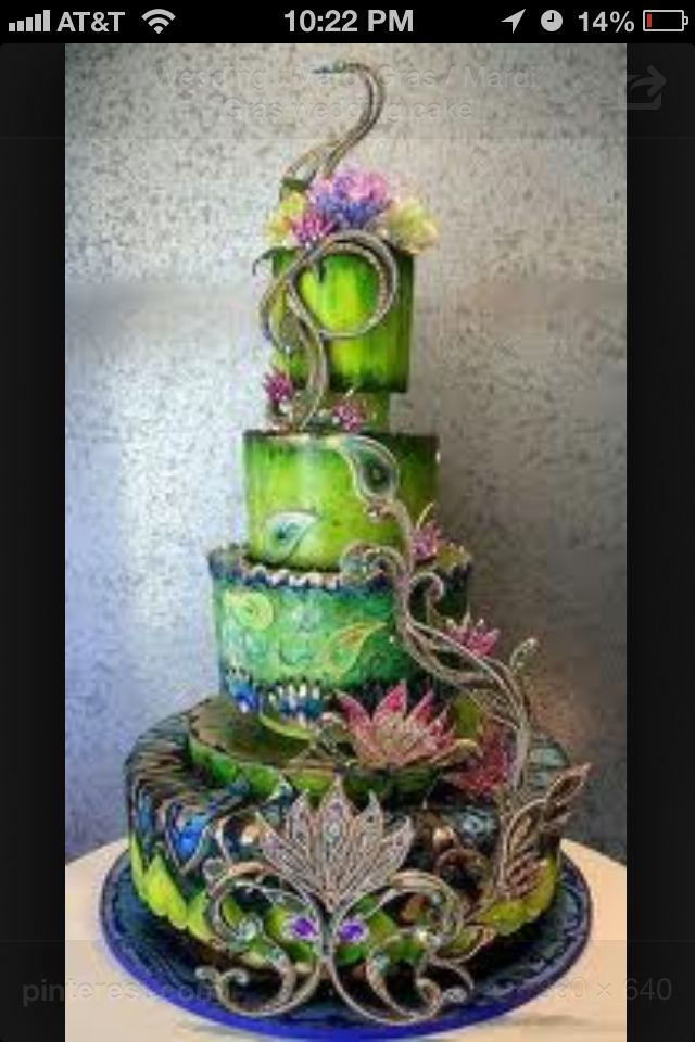 Mardi Gras Wedding Themes Keywords Weddings Jevelweddingplanning Follow Us Www Jevelweddingplanning Com Torta De Pavo Real Crazy Cakes Tortas Artisticas