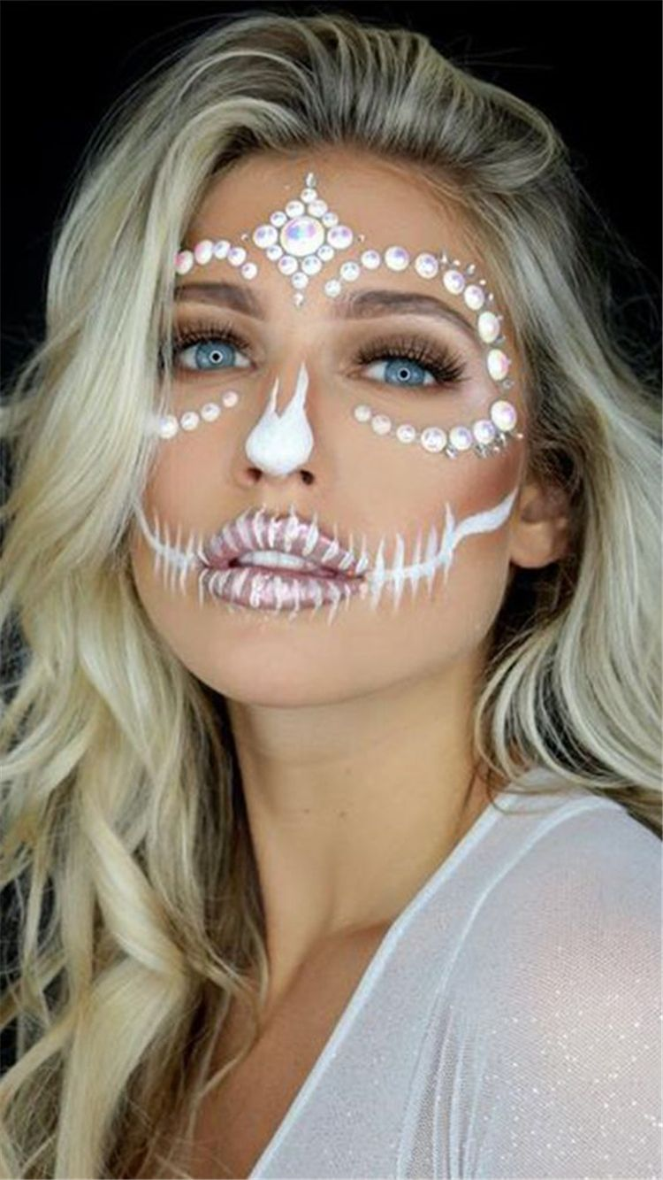 25 Sexy Halloween Makeup Ideas You Would Obsessed With | Women Fashion Lifestyle Blog Shinecoco.com