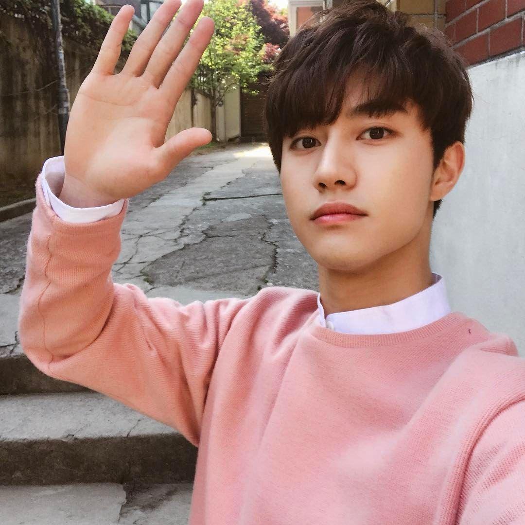 Kwak Dong Yeon 170423 Instagram Update Kwak Dong Yeon
