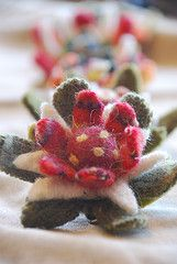 Hairband made of felted sweaters.