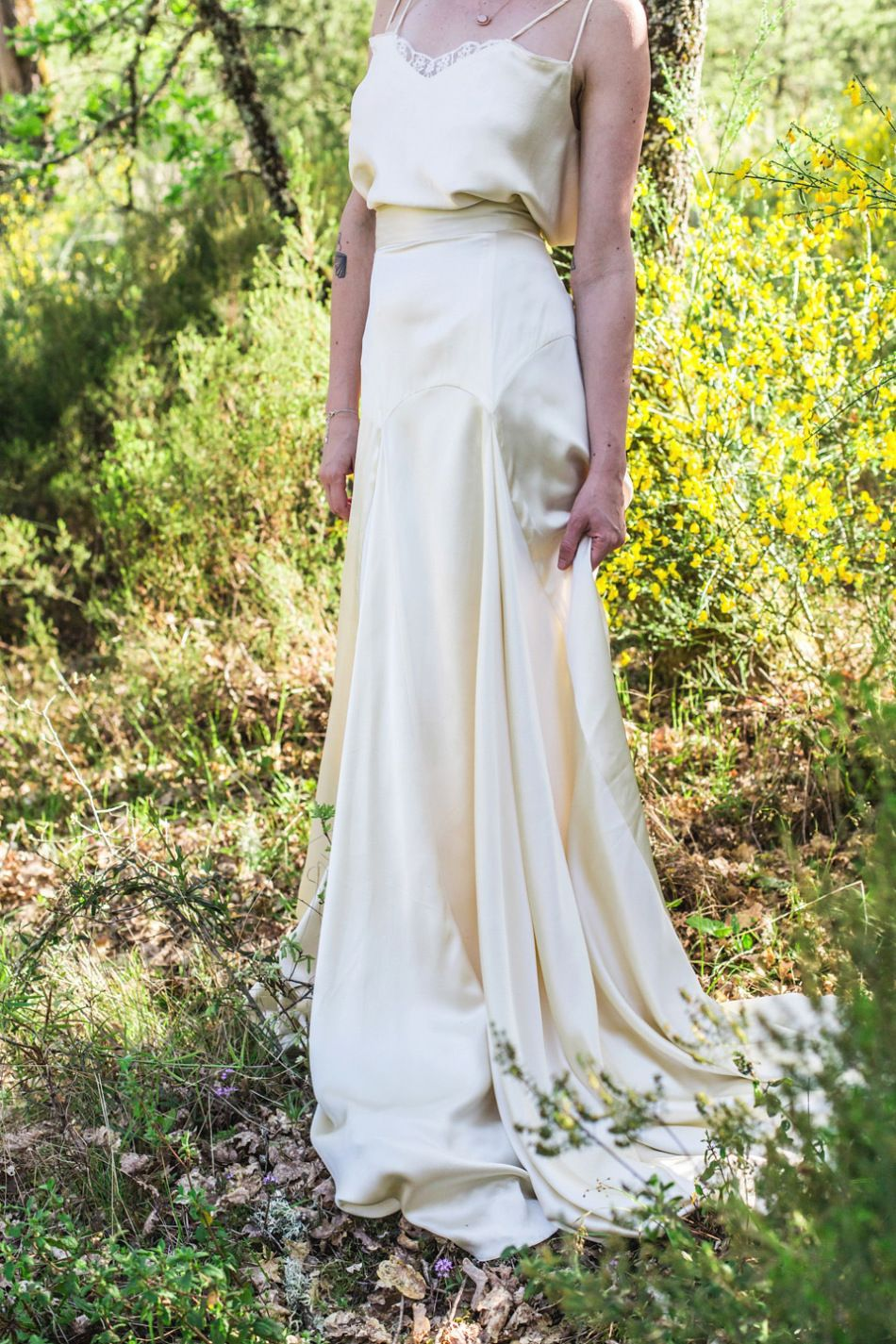 Bohemian colourful and rustic outdoor italian wedding inspiration