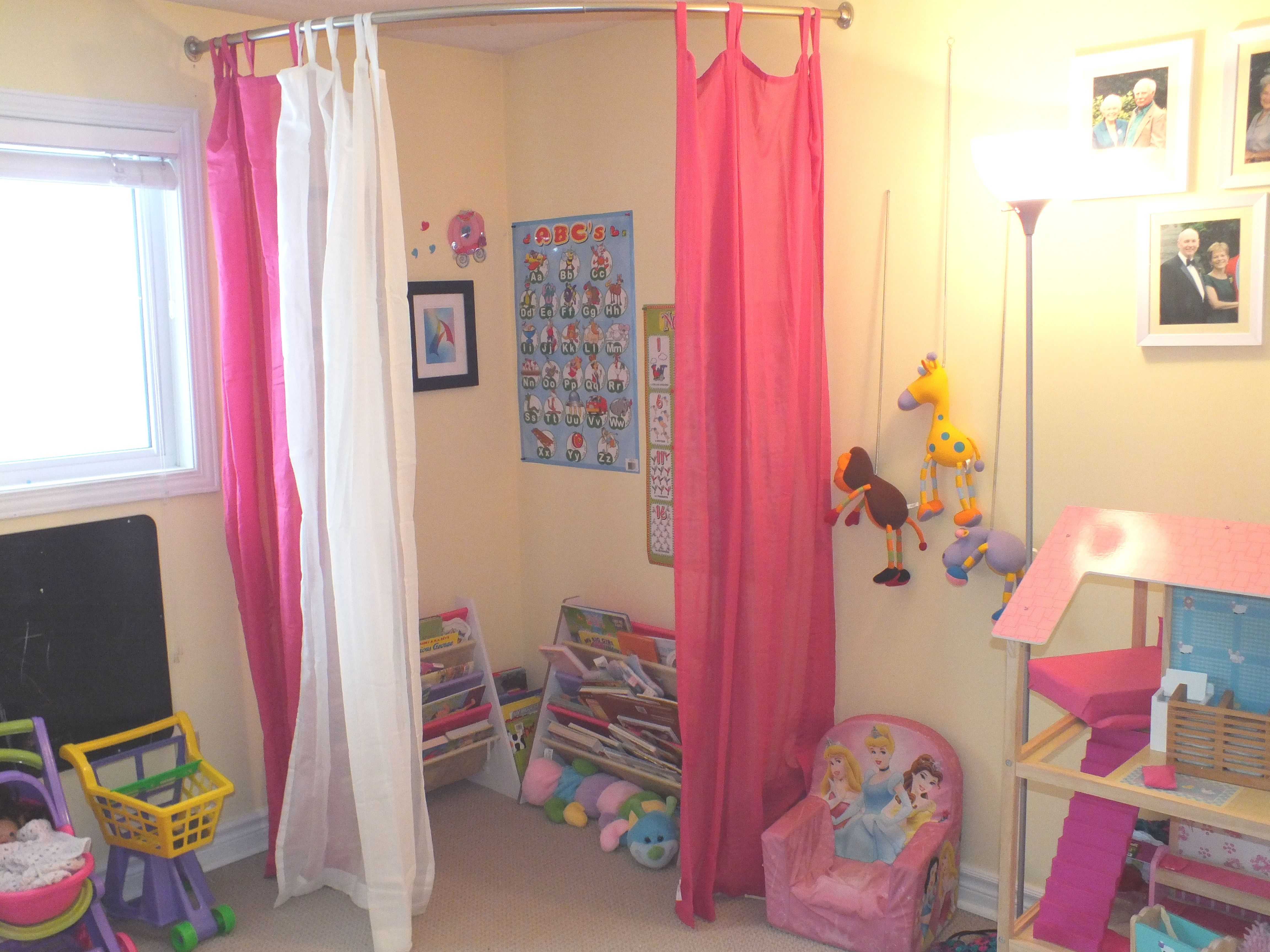 Kids Playroom Reading Book Corner Diy With Curtains And A