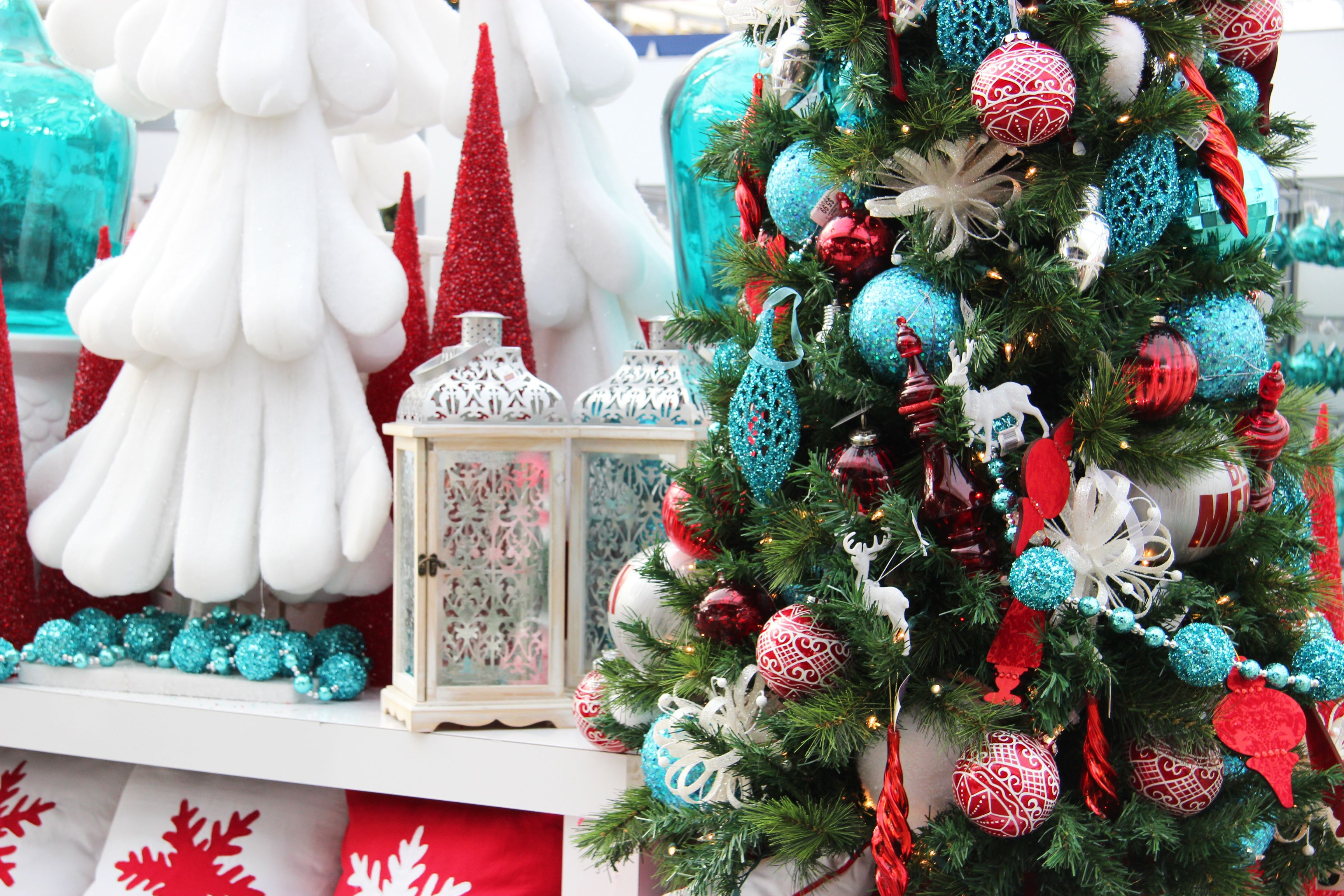 Christmas Decor Turquoise Christmas Christmas Tree Themes Aqua Christmas