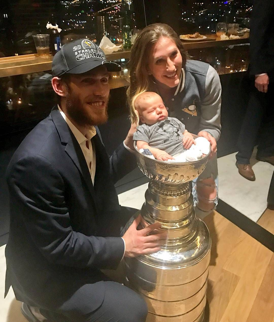 New baby and a Stanley Cup, quite a year for Carter Rowney ...