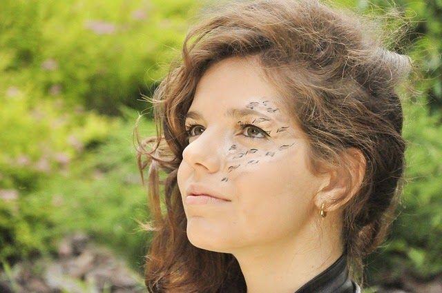 5 Penyebab Dan Cara Menghilangkan Flek Hitam Pada Wajah | Rambut keriting,  Wajah, Flek hitam