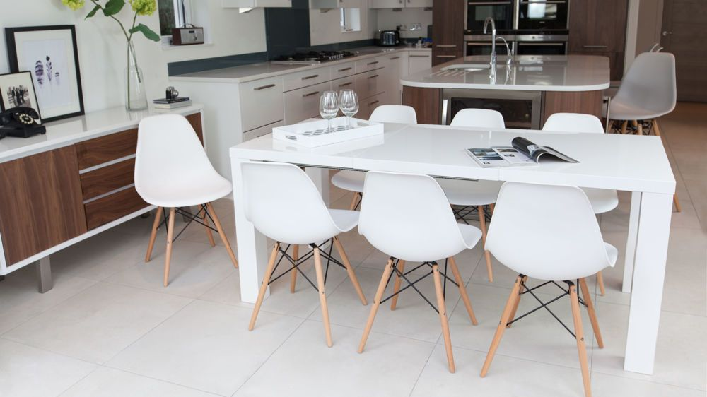 Fern White Gloss Extending Dining Table In 2020 Kitchen Table Settings White Dining Room Table White Dining Table
