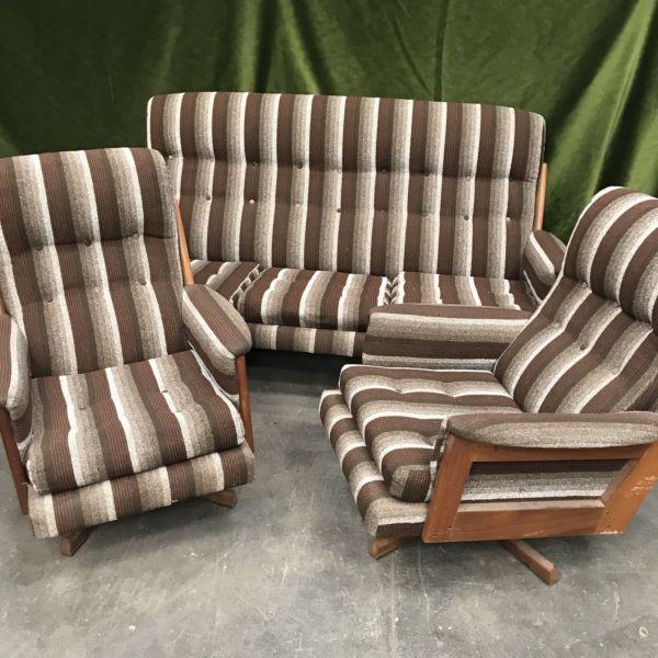 Best Retro Striped 3 Piece Lounge Suite Sofas Gumtree 640 x 480
