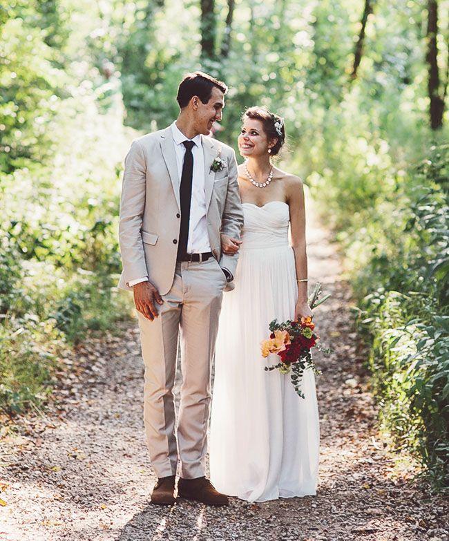 Wedding Gowns Chicago: Chicago Backyard Foodie Wedding: Lissa + Ben