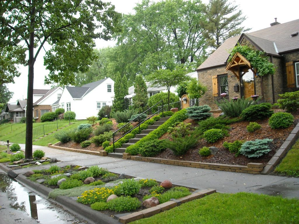 Landscaping for sloped front yard with steps home home for Pictures of front yard landscapes