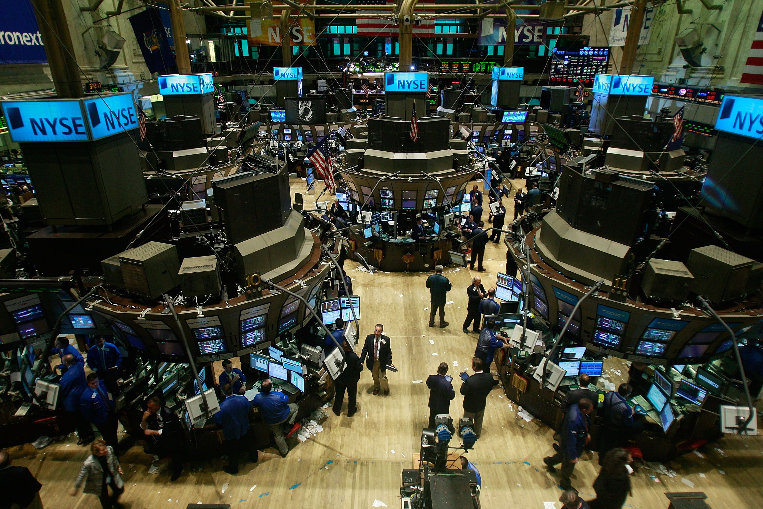 Trading Floor Of The New York Stock Exchange Humor Fun Facts Internet Funny