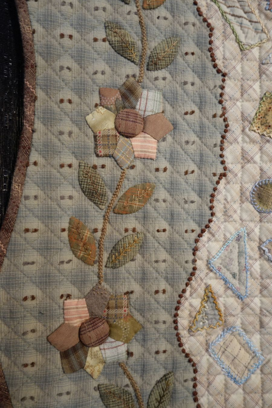 Applique & Baltimore board to browse …   Quilting…