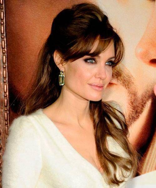 Penteados Angelina Jolie – Penteados para Cabelo   Penteados, Penteado para  gordinhas, Cabelo com franja